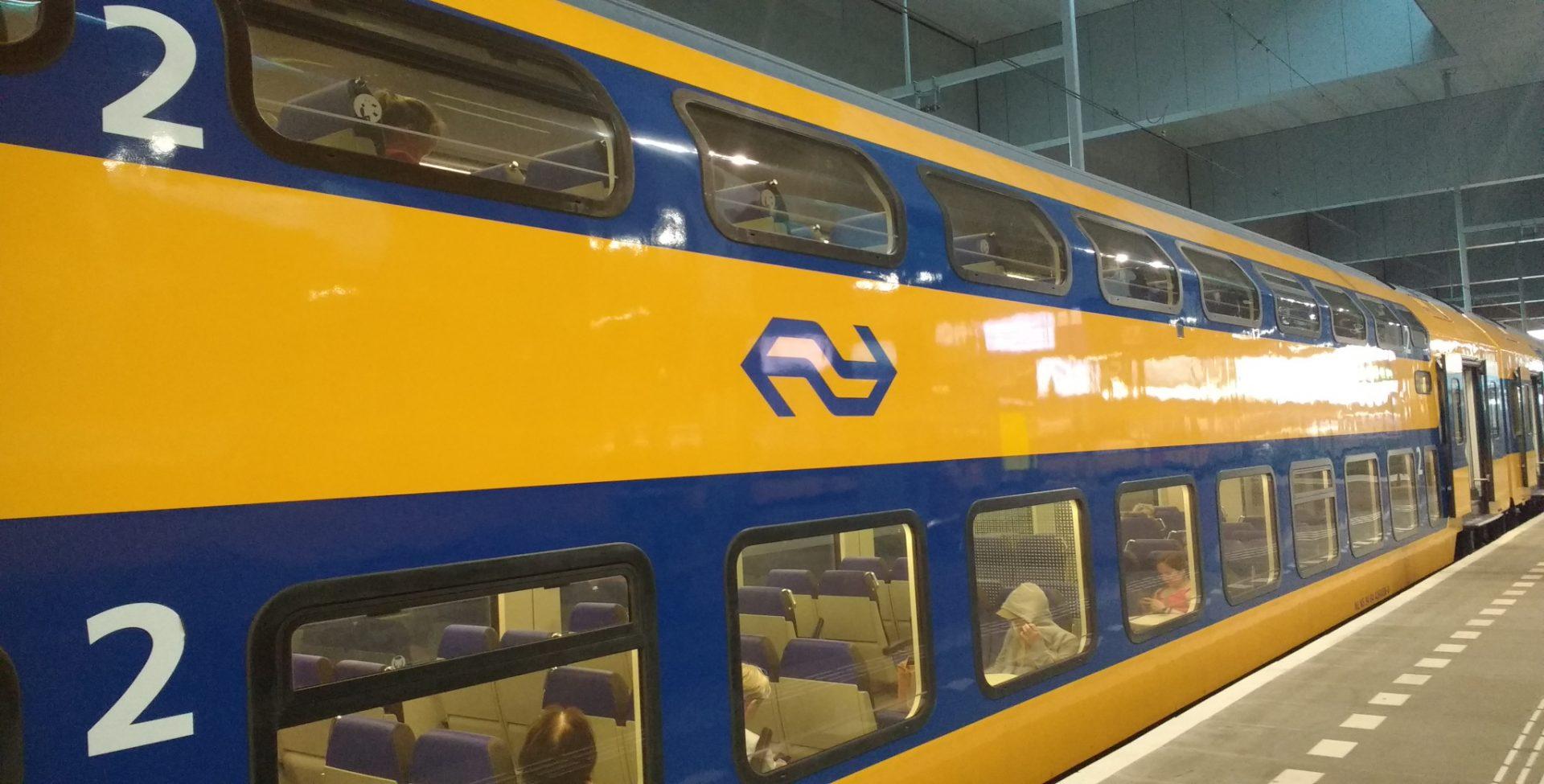 NS Trein Op Station Breda